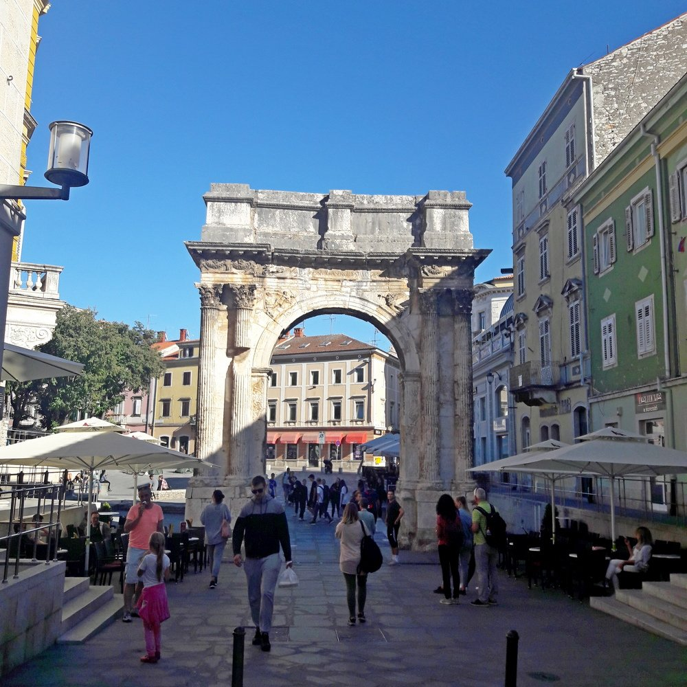 Istria day trip from Zagreb to Pula