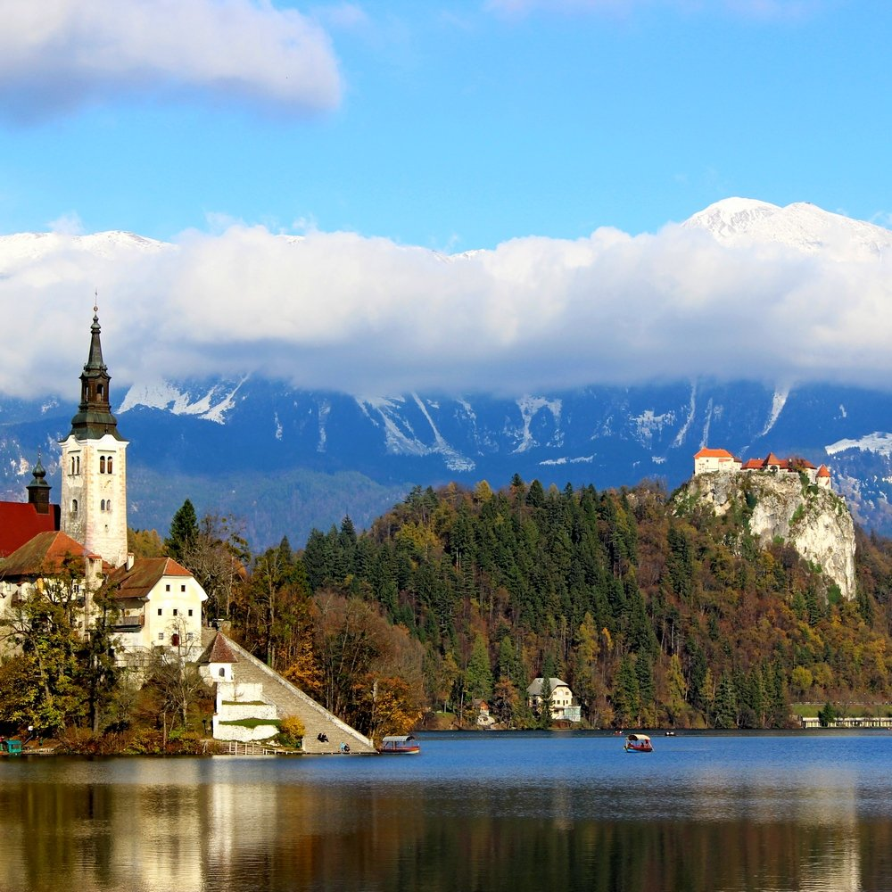 Day Trip from Zagreb to Bled lake with Bled island sightseeing
